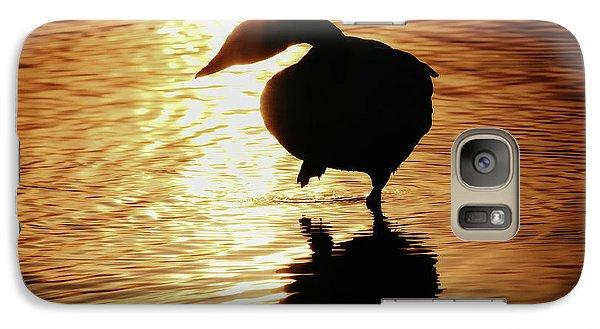 Golden Swan Galaxy S7 Case by Tatsuya Atarashi
