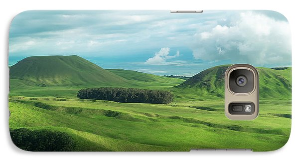 Green Hills On The Big Island Of Hawaii Galaxy S7 Case by Larry Marshall