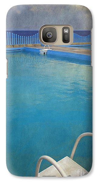 Galaxy Case featuring the photograph Havana Cuba Swimming Pool And Ocean by David Zanzinger