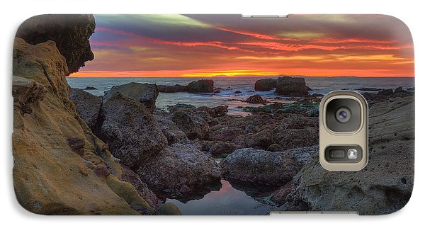 Galaxy Case featuring the photograph Heisler Park Tide Pools by Eddie Yerkish