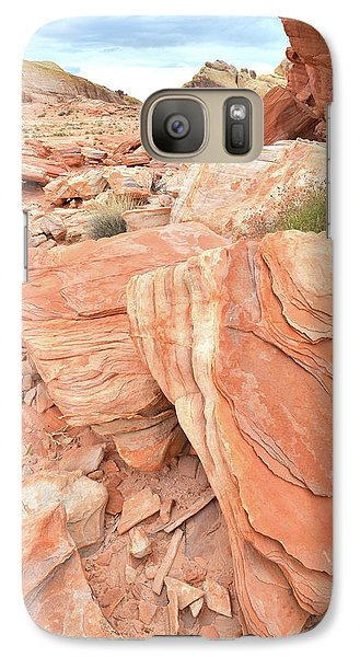 Galaxy Case featuring the photograph Hidden Cove In Valley Of Fire by Ray Mathis