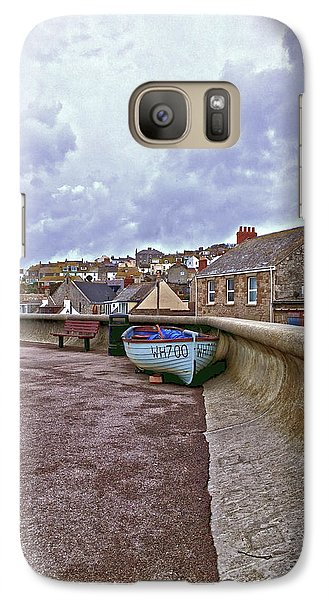 Galaxy Case featuring the photograph High And Dry by Anne Kotan