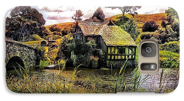 Galaxy Case featuring the photograph Hobbiton Mill And Bridge by Kathy Kelly