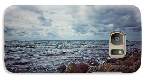 Galaxy Case featuring the photograph Horizon by Karen Stahlros