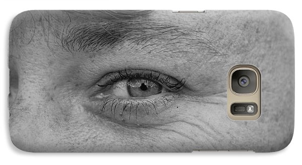 Galaxy Case featuring the photograph I See You by Rob Hans