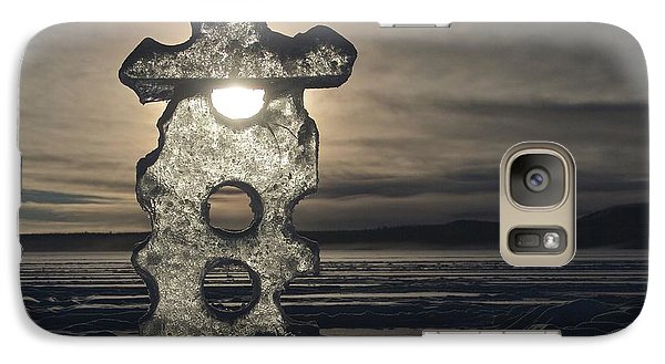 Galaxy Case featuring the photograph Ice Sculpter by Scott Holmes