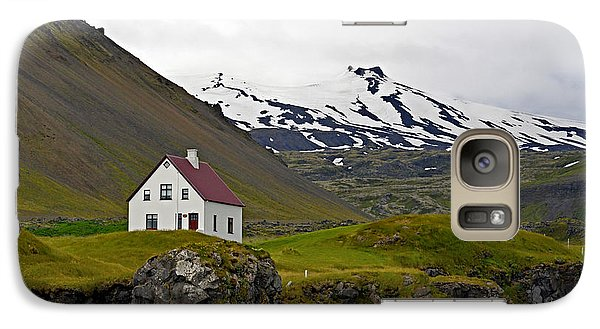 Galaxy Case featuring the photograph Iceland House And Glacier by Joe Bonita