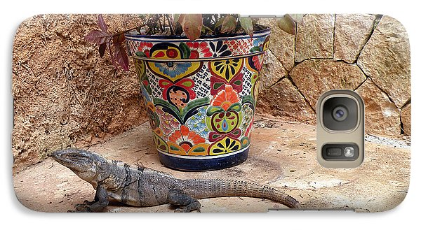 Galaxy Case featuring the photograph Iguana by Dianne Levy