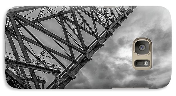 Jackknife Bridge To The Clouds B And W Galaxy S7 Case