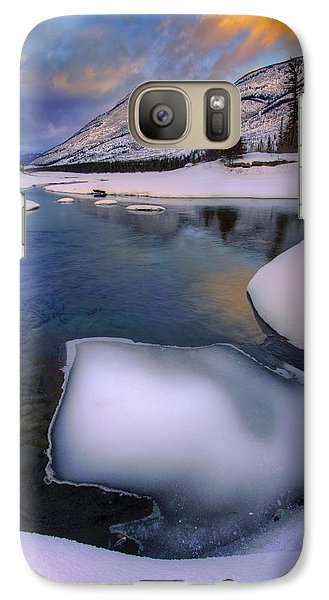 Galaxy Case featuring the photograph Jasper In The Winter by Dan Jurak