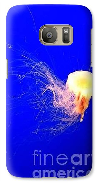 Galaxy Case featuring the photograph Jelly'sdance by Vanessa Palomino