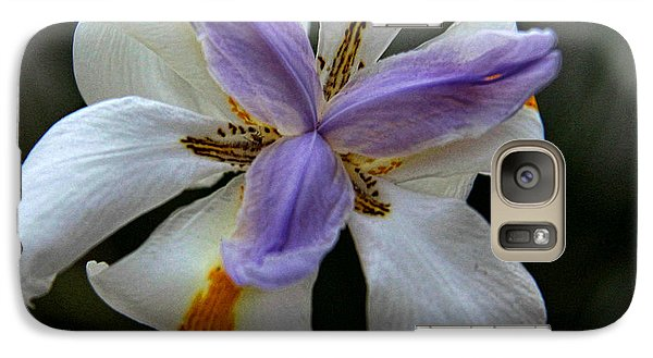 Galaxy Case featuring the photograph Kiss Of Wind by Tammy Espino