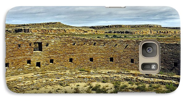 Galaxy Case featuring the photograph Kiva View Chaco Canyon by Kurt Van Wagner