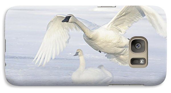 Galaxy Case featuring the photograph Landing In The Cold by Larry Ricker