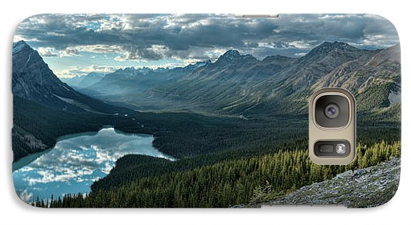 Galaxy Case featuring the photograph Last Rays Of Light Over Peyto Lake by Sebastien Coursol