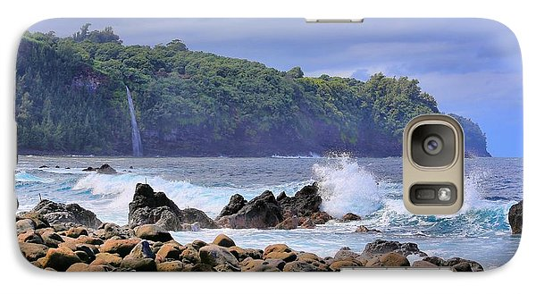 Galaxy Case featuring the photograph Laupahoehoe Point by DJ Florek