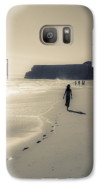 Leave Nothing But Footprints Galaxy S7 Case by Alex Lapidus