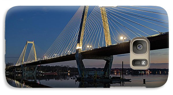 Galaxy Case featuring the photograph Lewis And Clark Bridge - D009999 by Daniel Dempster