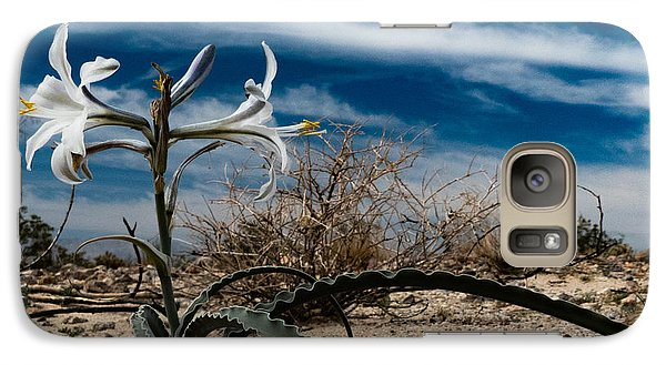 Galaxy Case featuring the photograph Life Amoung The Weeds by Jeremy McKay