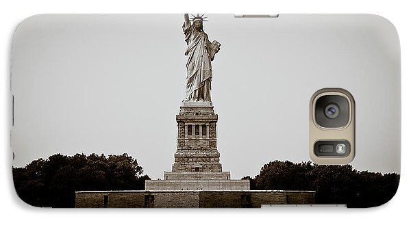 Galaxy Case featuring the photograph Liftin' Me Higher by David Sutton