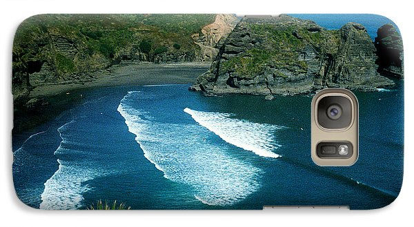 Galaxy Case featuring the photograph Lion Beach Piha New Zealand by Mark Dodd