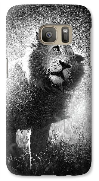 Cat Galaxy S7 Case - Lion Shaking Off Water by Johan Swanepoel