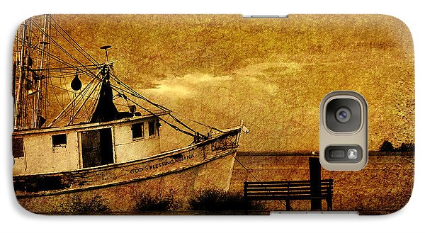 Galaxy Case featuring the photograph Living In The Past by Susanne Van Hulst
