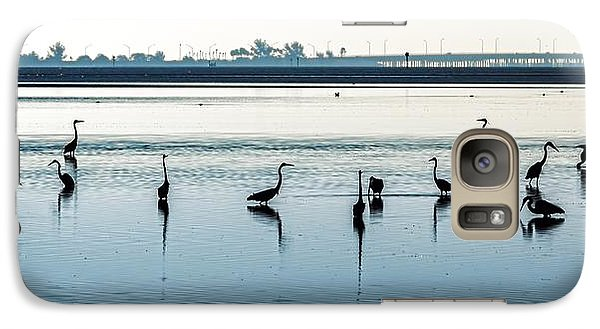 Galaxy Case featuring the photograph Low Tide Gathering by Steven Sparks