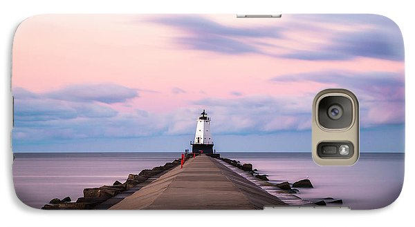 Marquette Galaxy S7 Case - Ludington North Breakwater Light Sunrise by Adam Romanowicz