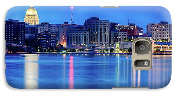 Capitol Building Galaxy S7 Case - Madison Skyline Reflection by Sebastian Musial