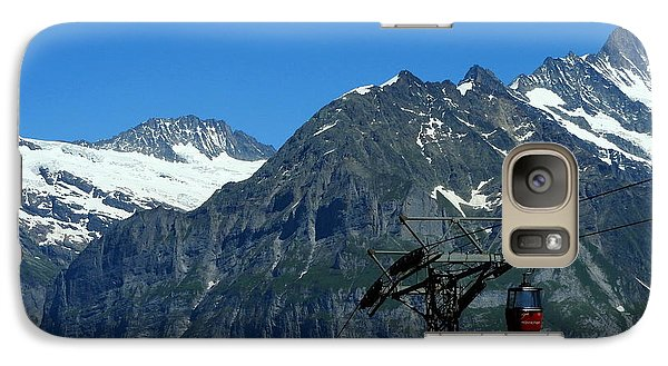 Maennlichen Gondola Calbleway, In The Background Mettenberg And Schreckhorn Galaxy S7 Case