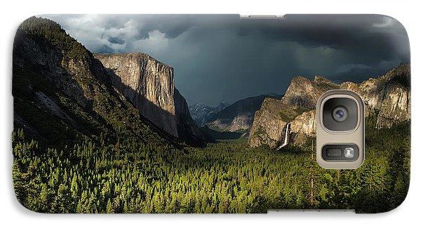 Yosemite National Park Galaxy S7 Case - Majestic Yosemite National Park by Larry Marshall