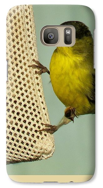 Male Goldfinch On Sock Feeder Galaxy S7 Case
