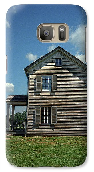 Galaxy Case featuring the photograph Manassas Battlefield Farmhouse by Frank Romeo