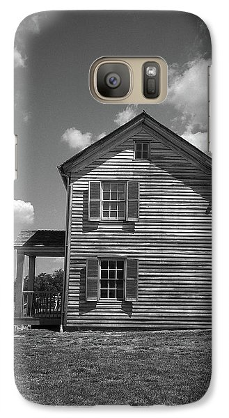 Galaxy Case featuring the photograph Manassas Civil War Battlefield Farmhouse Bw by Frank Romeo