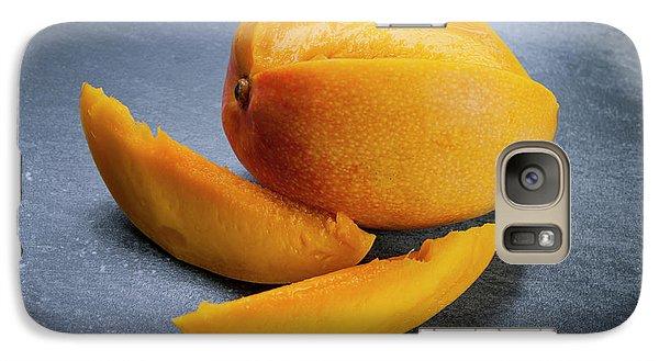 Mango And Slices Galaxy S7 Case by Elena Elisseeva