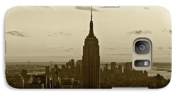 Galaxy Case featuring the photograph Manhattan Sky View by Terry Cork