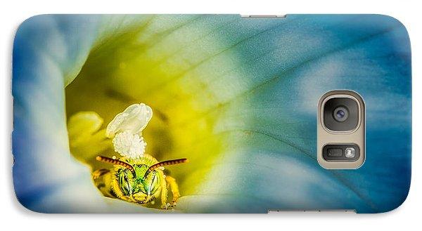 Metallic Green Bee In Blue Morning Glory Galaxy S7 Case