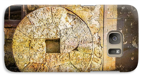Galaxy Case featuring the photograph Mill Wheel At The Grist Mill by Eleanor Abramson