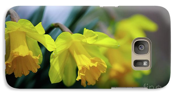 Galaxy Case featuring the photograph Mom's Daffs by Lois Bryan