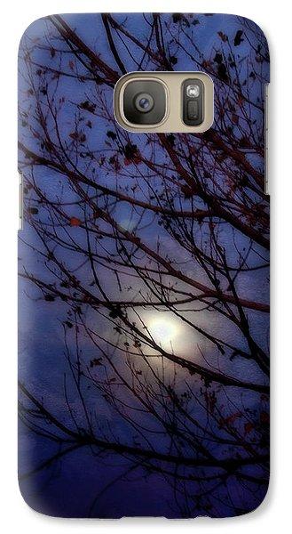 Galaxy Case featuring the photograph Moonrise by Ellen Heaverlo