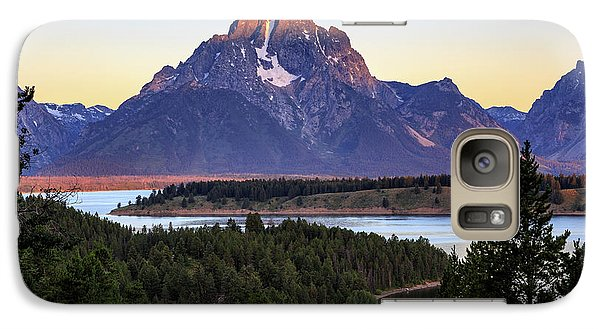 Galaxy Case featuring the photograph Morning At Mt. Moran by David Chandler