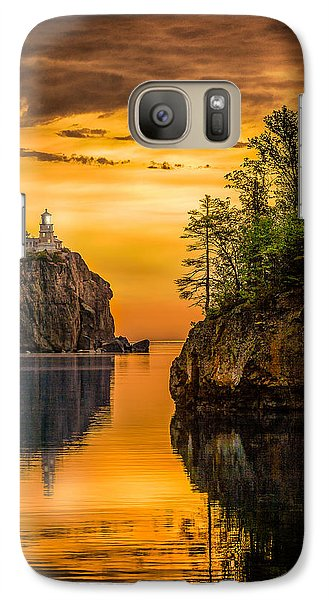 Galaxy S7 Case featuring the photograph Morning Glow Against The Light by Rikk Flohr