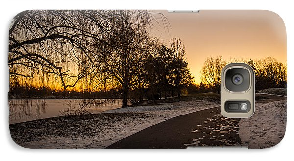 Galaxy Case featuring the photograph Morning Glow Along Hoyt Lake by Chris Bordeleau