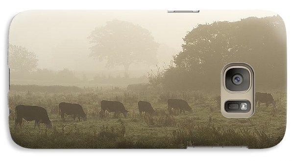 Galaxy Case featuring the photograph Morning Graze by Gary Bridger