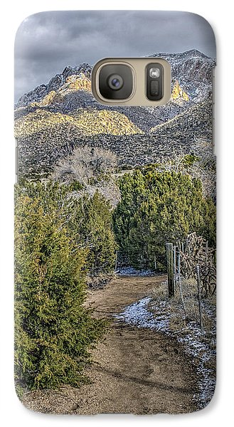 Galaxy Case featuring the photograph Morning Walk by Alan Toepfer