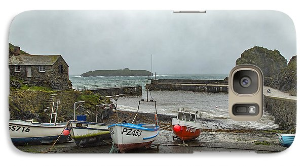 Galaxy Case featuring the photograph Mullion Cove Harbour by Brian Roscorla