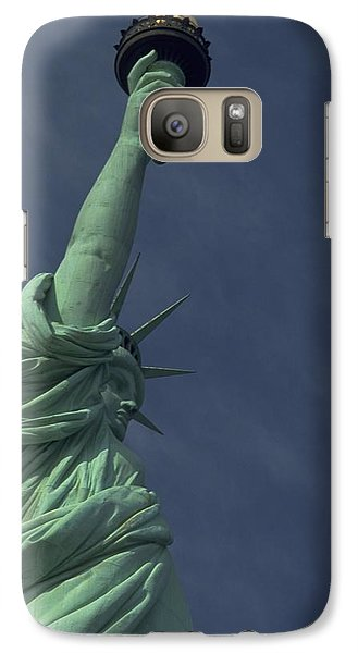 Galaxy S7 Case featuring the photograph New York by Travel Pics