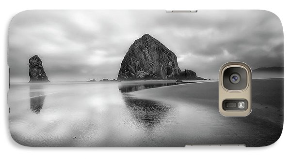 Galaxy Case featuring the photograph Northwest Monolith by Ryan Manuel