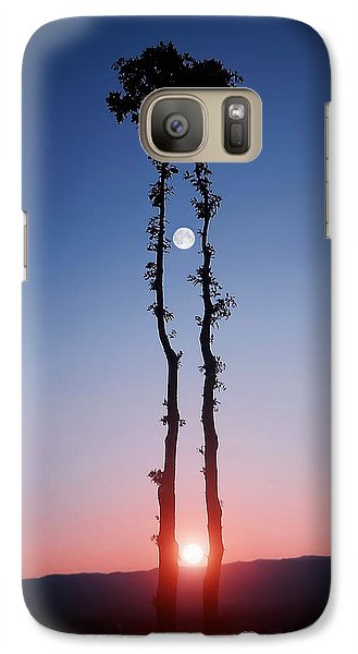 Galaxy Case featuring the photograph Oak Kissing by Bess Hamiti